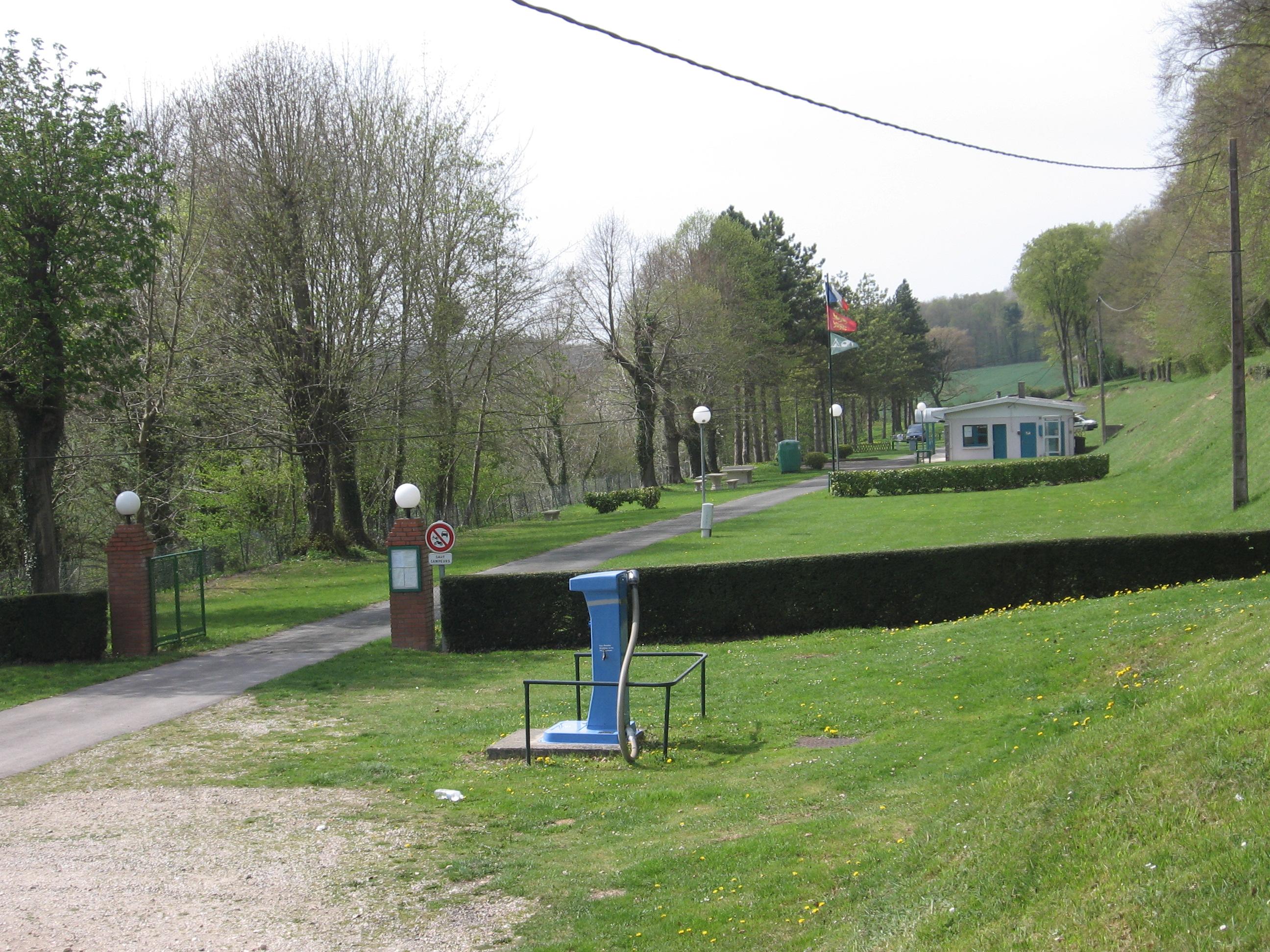 camping municipal aumale*